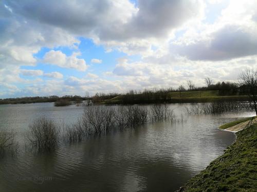 0398 flooded walkway
