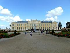 arhitectură barocă-palatul şi grădinile rundale