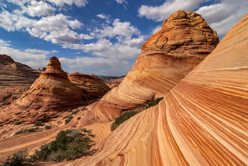 *Coyote Buttes North @ behind the wave*