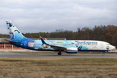 TC-SNU Boeing 737-800 SunExpress Shaun das Schaf FRA 2020-02-18 (32a)