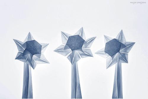 Origami Daffodil (Toshie Takahama)