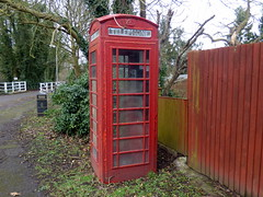 GOC Welwyn Garden City 059: Telephone kiosk, Mill Green