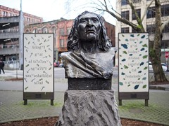 Chief Seattle, Pioneer Square