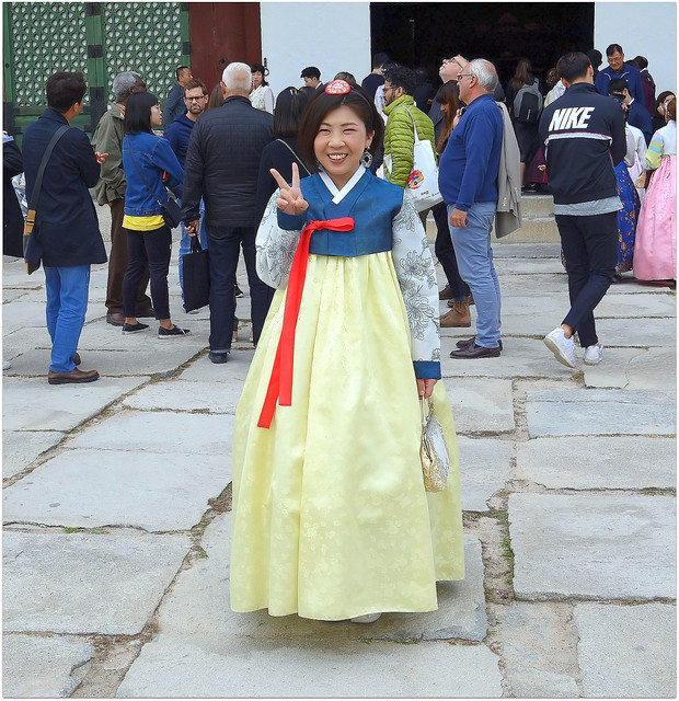 Japanese tourist in Korean National Dress