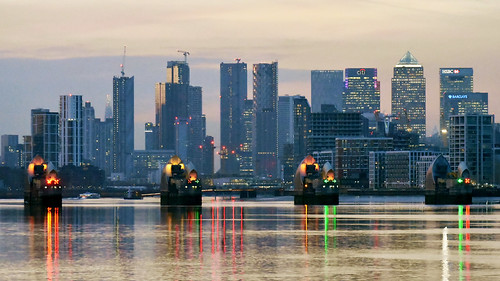 Canary Wharf in the evening