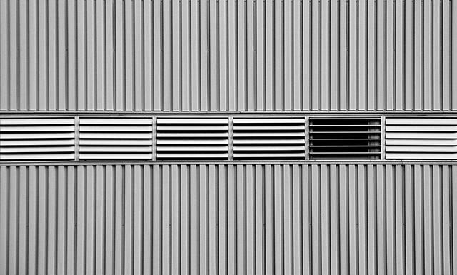 D72_4589 Ligne de fenêtres.