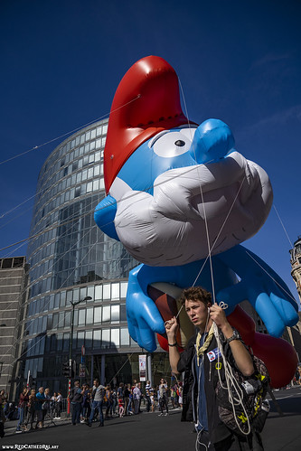 Papa Smurf returns to Brussels