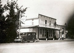 Thompson's General Store, Northbrook 1928-30