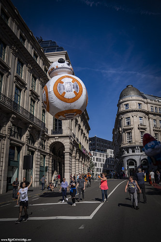 BB8 can fly?