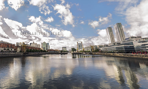 General view of one of the dikes and docks of Puerto Madero
