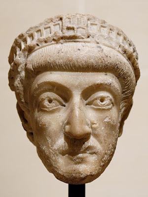 Theodosius II  - الإمبراطور ثيؤدسيوس الثاني