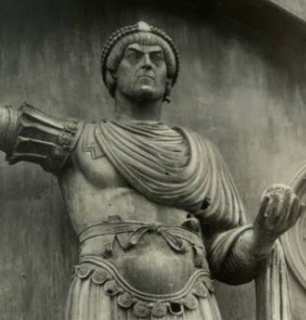Valentinian I الإمبراطور فالينتينيان الأول -