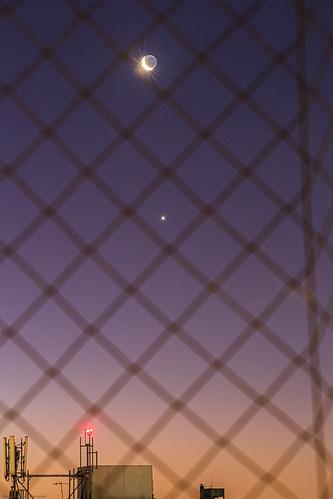 Conjunción Luna cenicienta y Venus un día después.jpg