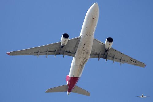 SF-VH-EBA-QANTAS-A330-202-PER-02 SEP 19 - 01