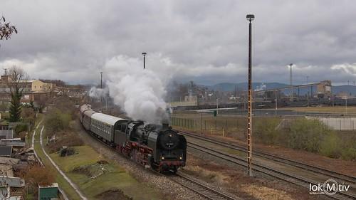 Large smoke deflectors: 50 3501 from Saalfeld to GeraGroße Ohren: 50 3501 von Saalfeld nach Gera