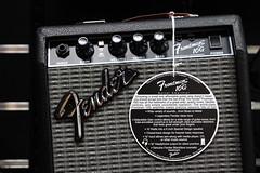 Fender Frontman 10G amplifier detail - f/4.0