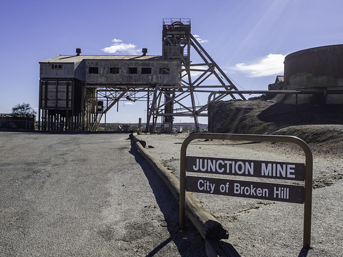 1/7 Old JUNCTION MINE and lookout over NORTH MINE - Broken Hill NSW - see below