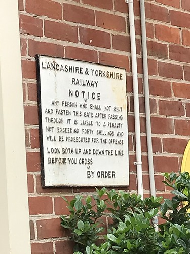 Unexpected notice, Tattersalls Hotel, Tocumwal