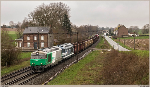 SNCF 467579 + 467629 @ Hennuyères
