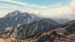 2月28日的合歡山與松雪樓一景