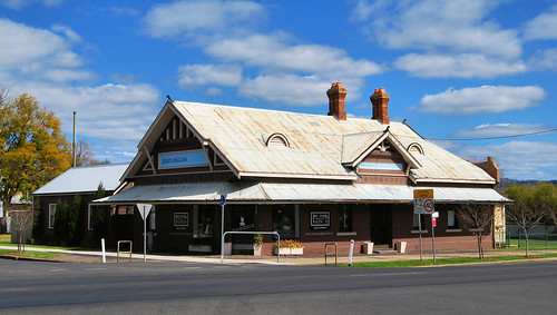 Former Willow Tree Hotel, Scone, NSW.