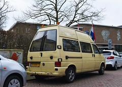 Volkswagen Transporter - High roof camper