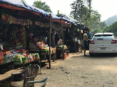 Food stalls at a pit stop on the road from Nagarkot to Pokhara