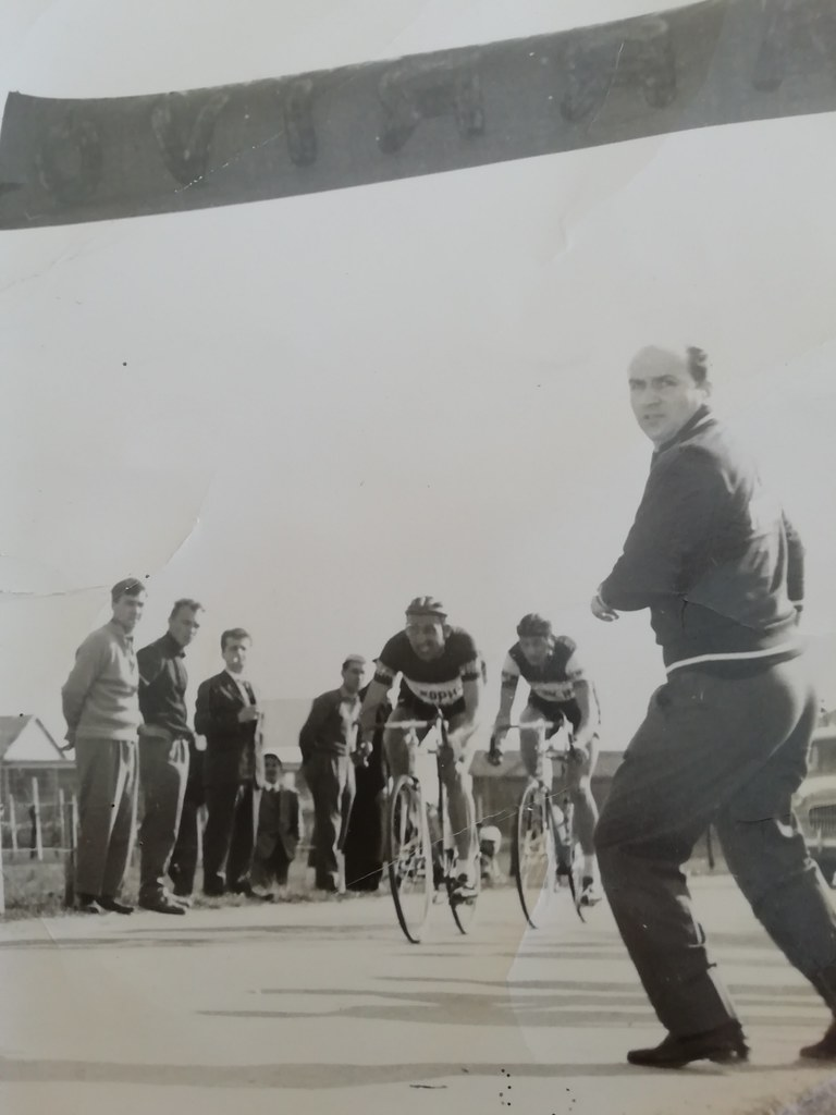Gp Artigiani Sediai e Mobilieri 1961 - la volata vincente di Giorgio Cordioli