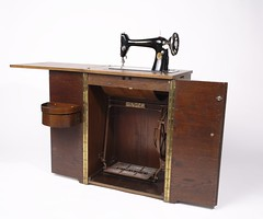 Singer 66K Treadle Sewing Machine