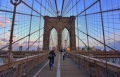 Brooklyn Bridge (midpoint) - New York City