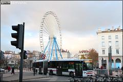 Iveco Bus Urbanway 18 – Keolis Lyon / TCL (Transports en Commun Lyonnais) n°1009