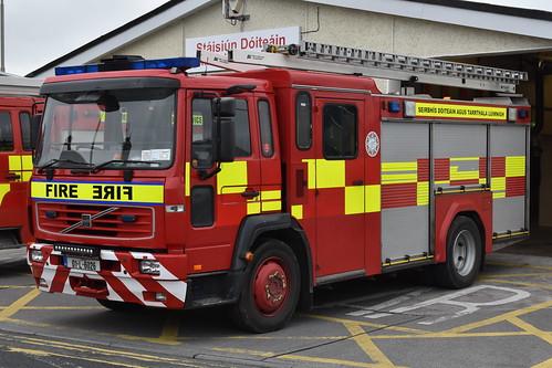 Limerick Fire & Rescue Service 2001 Volvo FL6 14 Browns WrL 01L6026 (Ex NIFRS FKZ 759)