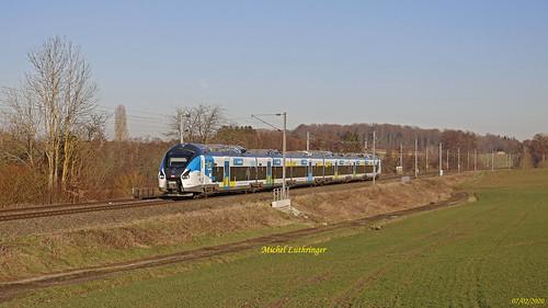 B 85073-Grand Est- Train 839556 Mulhouse-Paris Est à Ballersdorf