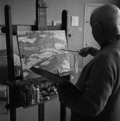 A.Y. Jackson painting / A. Y. Jackson en train de peindre