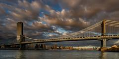 The Manhattan Bridge (New-York City)