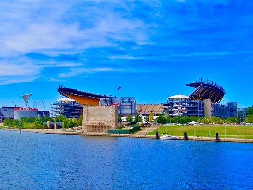 Pittsburgh Pennsylvania - Heinz Field - Pittsburgh Steelers - National Football - Pittsburgh Panthers College Football