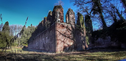 Ruines de la résidence de Charles de Lorraine
