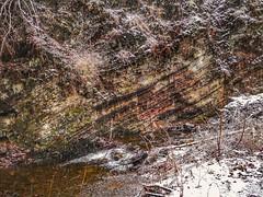 Verwerfung mit Schneefall