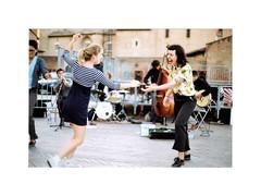 Danse, danse, danse, tant que tu pourras, la vie est là aussi pour ça - Photo of Albi