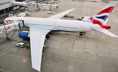 Boeing 777 at London (Gatwick)