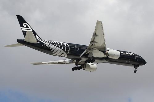 ZK-OKH Air New Zealand Boeing 777-219(ER)