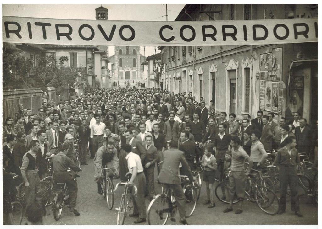Coppa Bernocchi 1949 - Ritrovo corridori