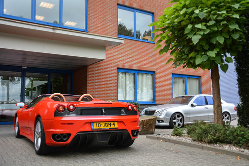 Ferrari F430 Spider & Mercedes-Benz E55 AMG (W211)