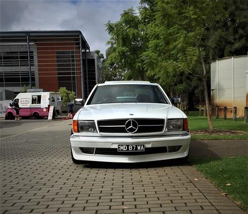 White AMG 5
