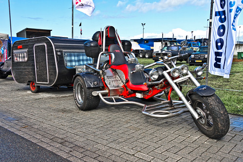 WK Trike 1990 + small caravan (0823)