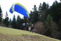 Paraglider @ Aire de Décollage de Planfait @ Talloires