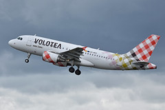 Airbus A319-111 'EC-MTE' Volotea