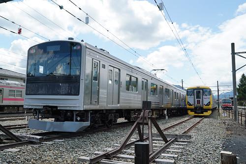 富士急 6000系 EX-JRE 205系3000番台_00001
