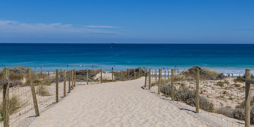 Scarborough Beach / Скарборо Бич