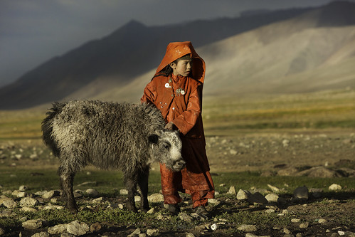 Kyrgyz Shepherdess in Seki village. Pamir, Afghanistan.